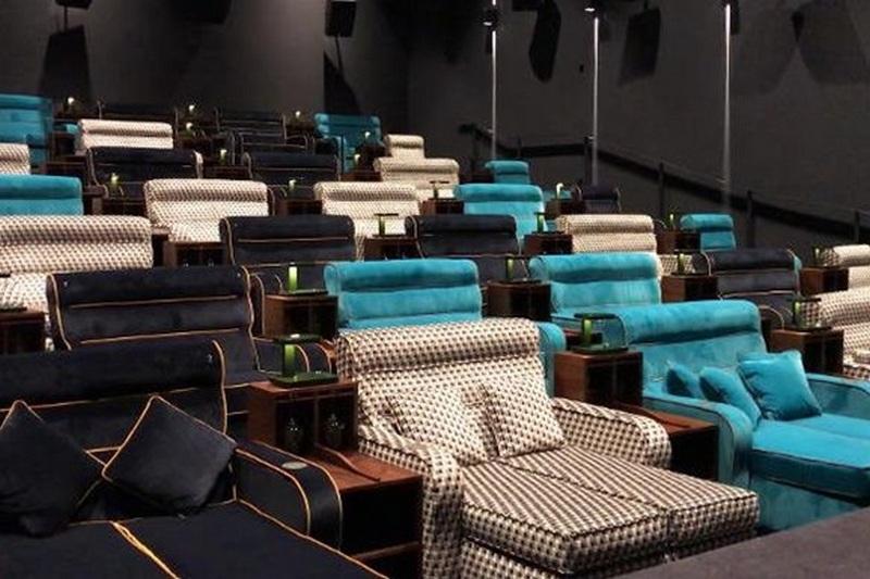 двойное сидение в кинотеатре фото можно